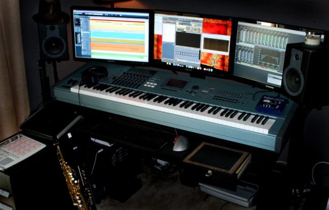 Miraculous My Home Music Production Workstation 1 0 Home Music Production Largest Home Design Picture Inspirations Pitcheantrous